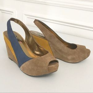 Suede Wedge 9M Tan Blue Nina Dolls Heels